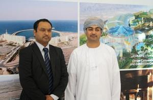 Bobby Gupta, Vice President and Head of Mena, Mahindra Satyam (left) and Eng. Wael bin Ahmed Al Lawati, Chief Executive Officer, Omran (right).
