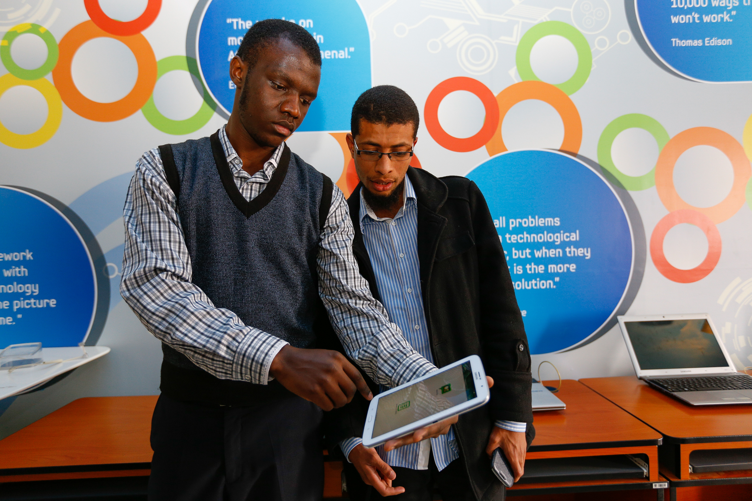 Samsung Unveils Eight New Apps in Partnership With @iLab Africa