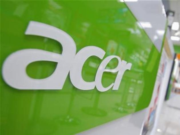 A salesperson looks on at an Acer store located in the Guanghua Market area in Taipei