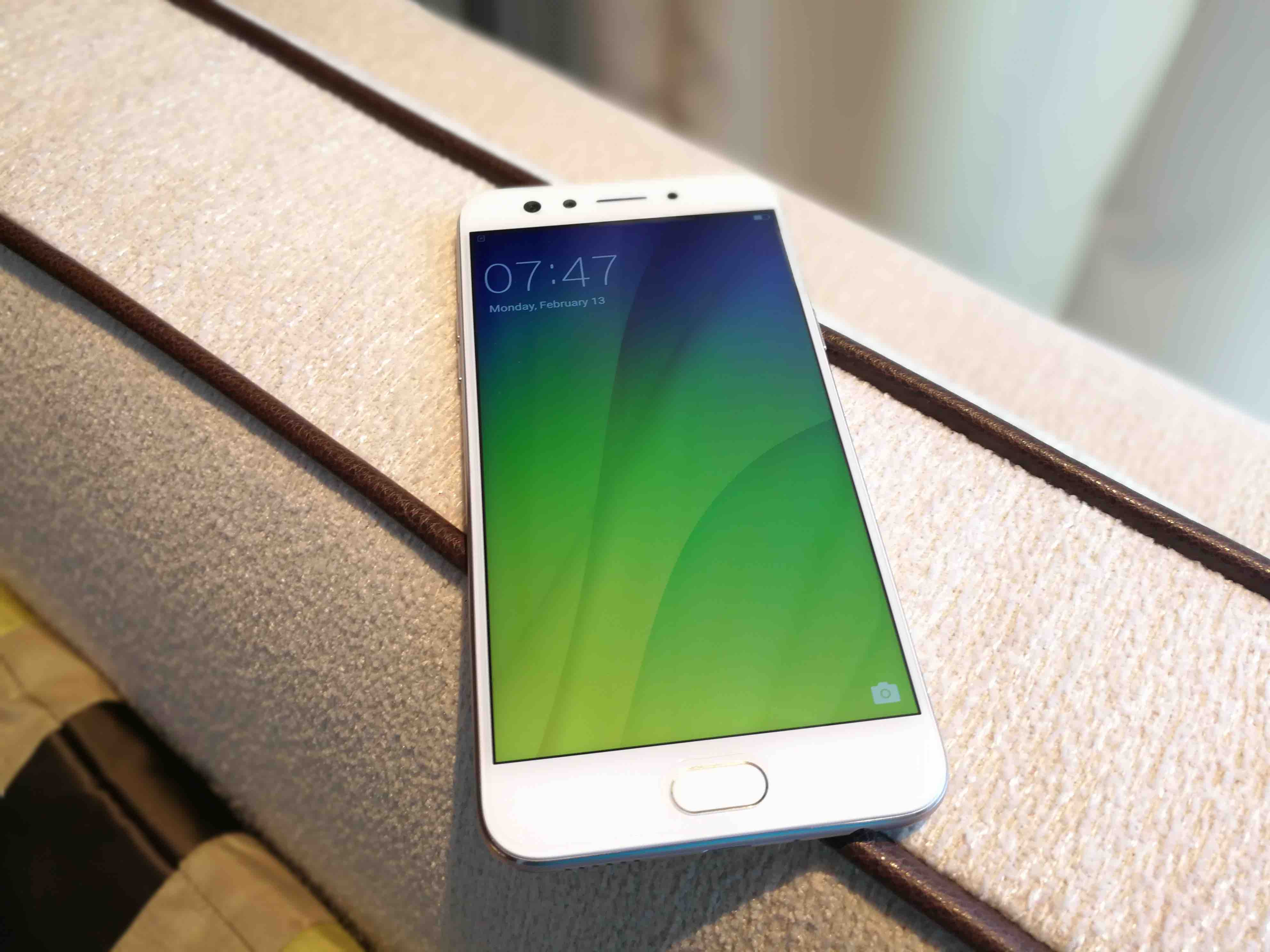 Review: Oppo F3